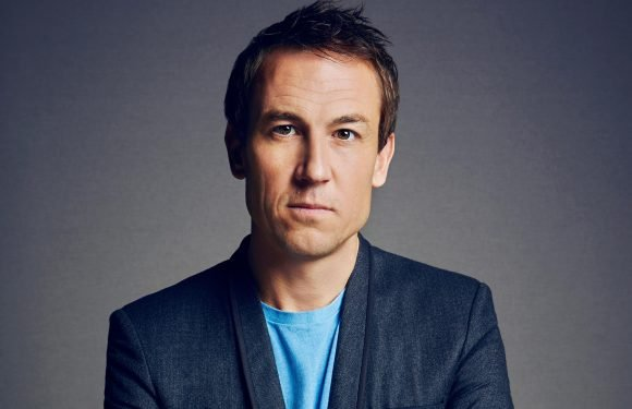 'The Crown' cast 'Outlander' actor Tobias Menzies as Prince Philip