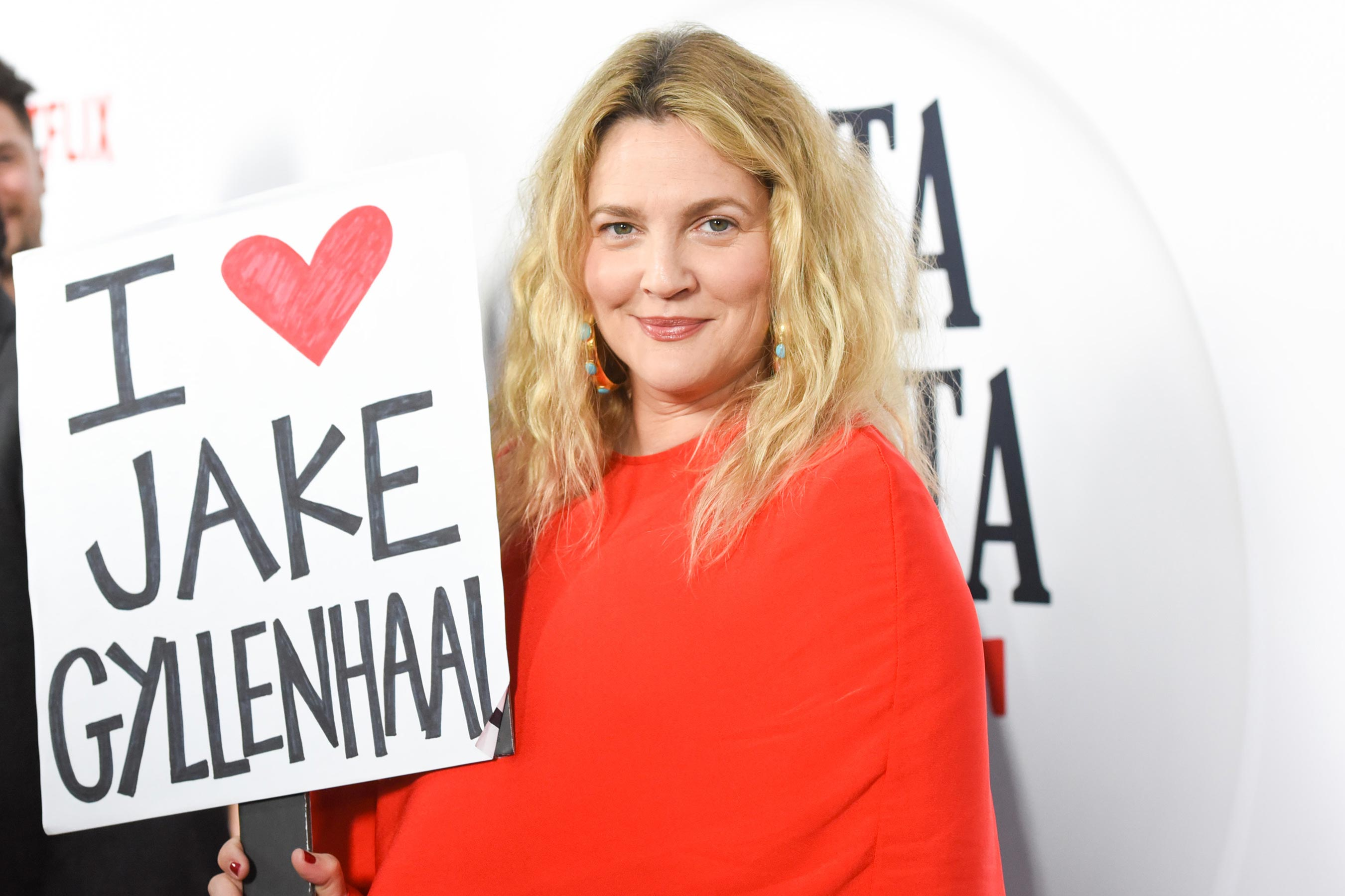 Drew Barrymore makes amends for ranking Jake Gyllenhaal as her least talented costar on 'Late Late Show'