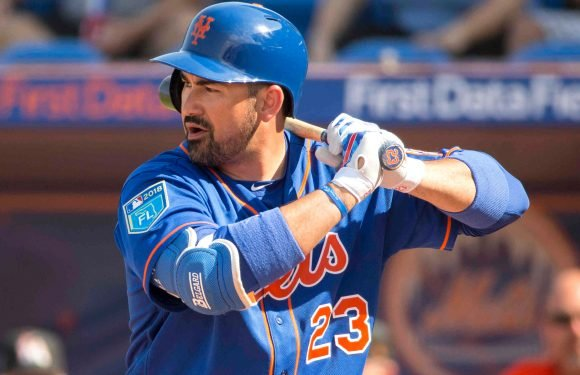 Adrian Gonzalez finds his power after mechanical adjustment