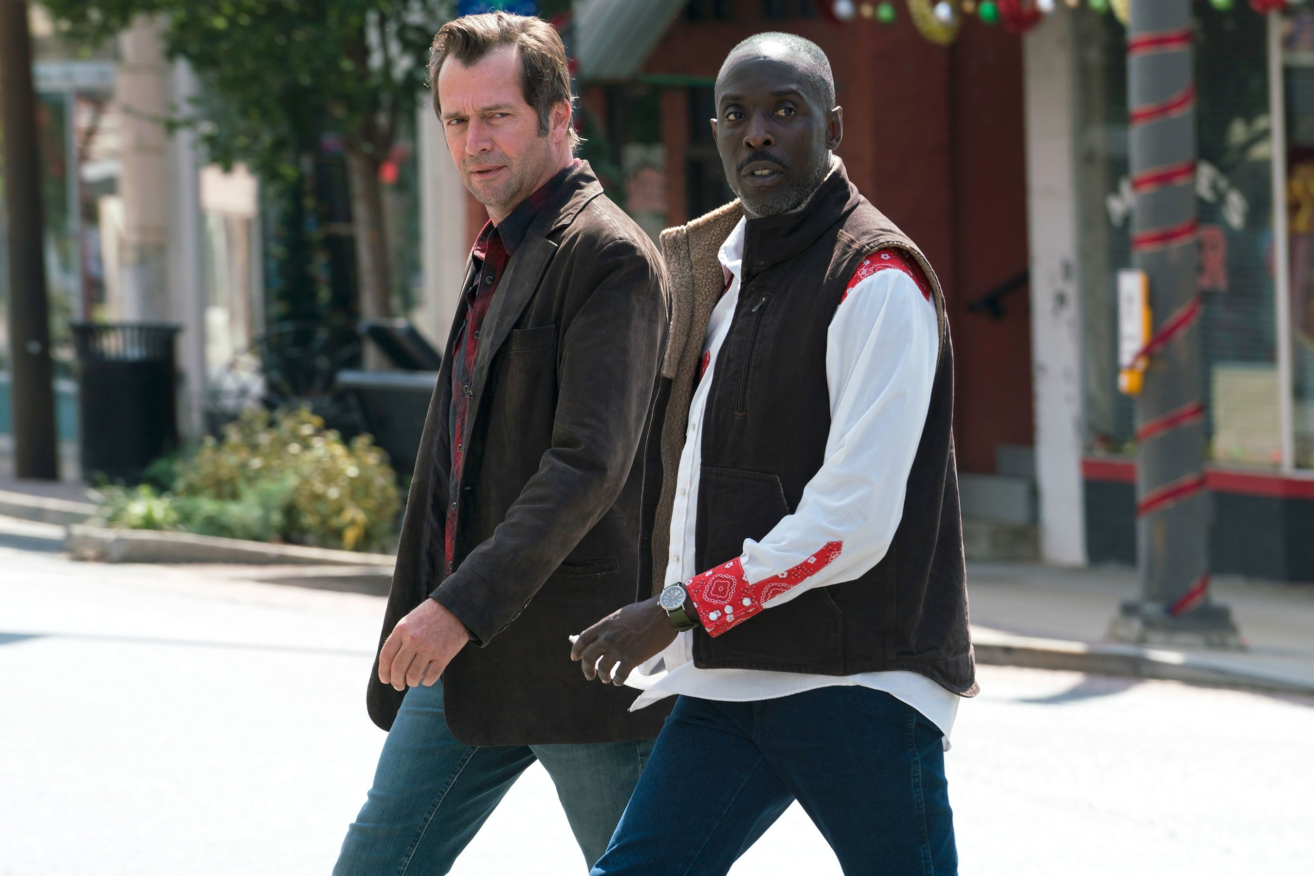 Michael Kenneth Williams burns down house in Hap and Leonard clip