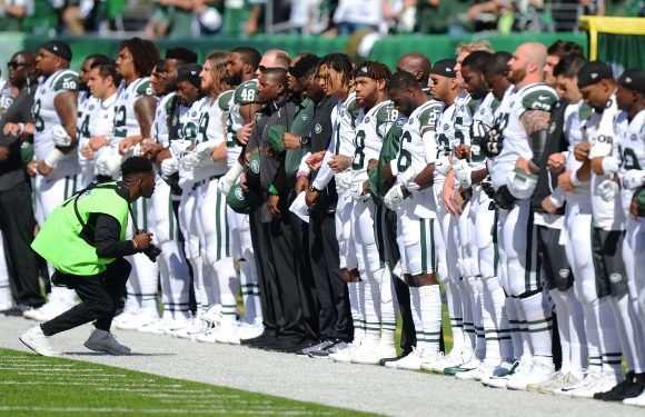 Jets CEO backs players over national anthem protests