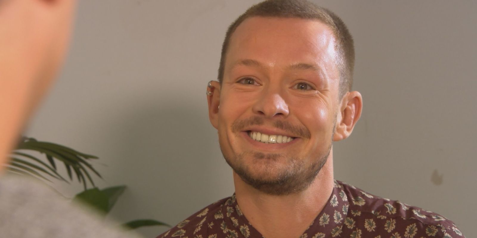 Hollyoaks' Kyle Kelly tries to manipulate James in latest Sami revenge twist