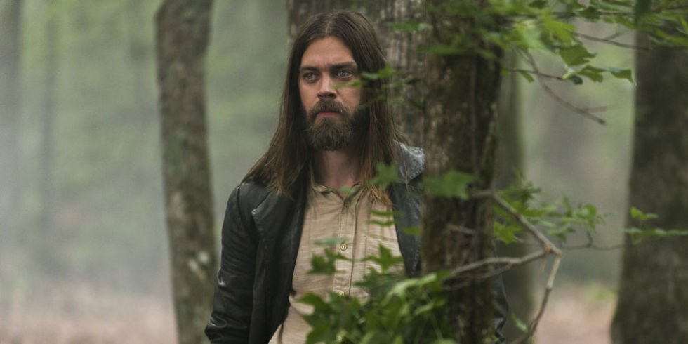 """The Walking Dead star Tom Payne says Carl's death """"throws a hand grenade"""" into the show"""