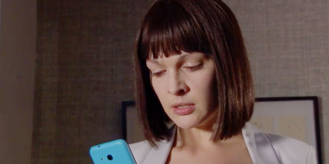 Hollyoaks is lining up more danger for Sienna Blake tonight as she prepares for mystery meeting