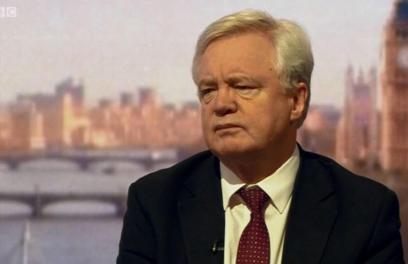 Britain will refuse to pay £40bn Brexit bill if EU won't cut a trade deal, David Davis warns