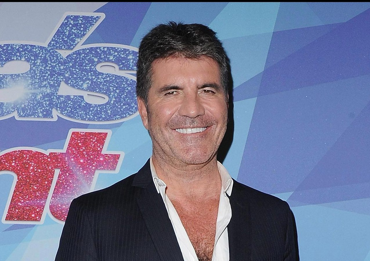 Simon Cowell targeted by online conmen claiming he invested £500,000 in scam