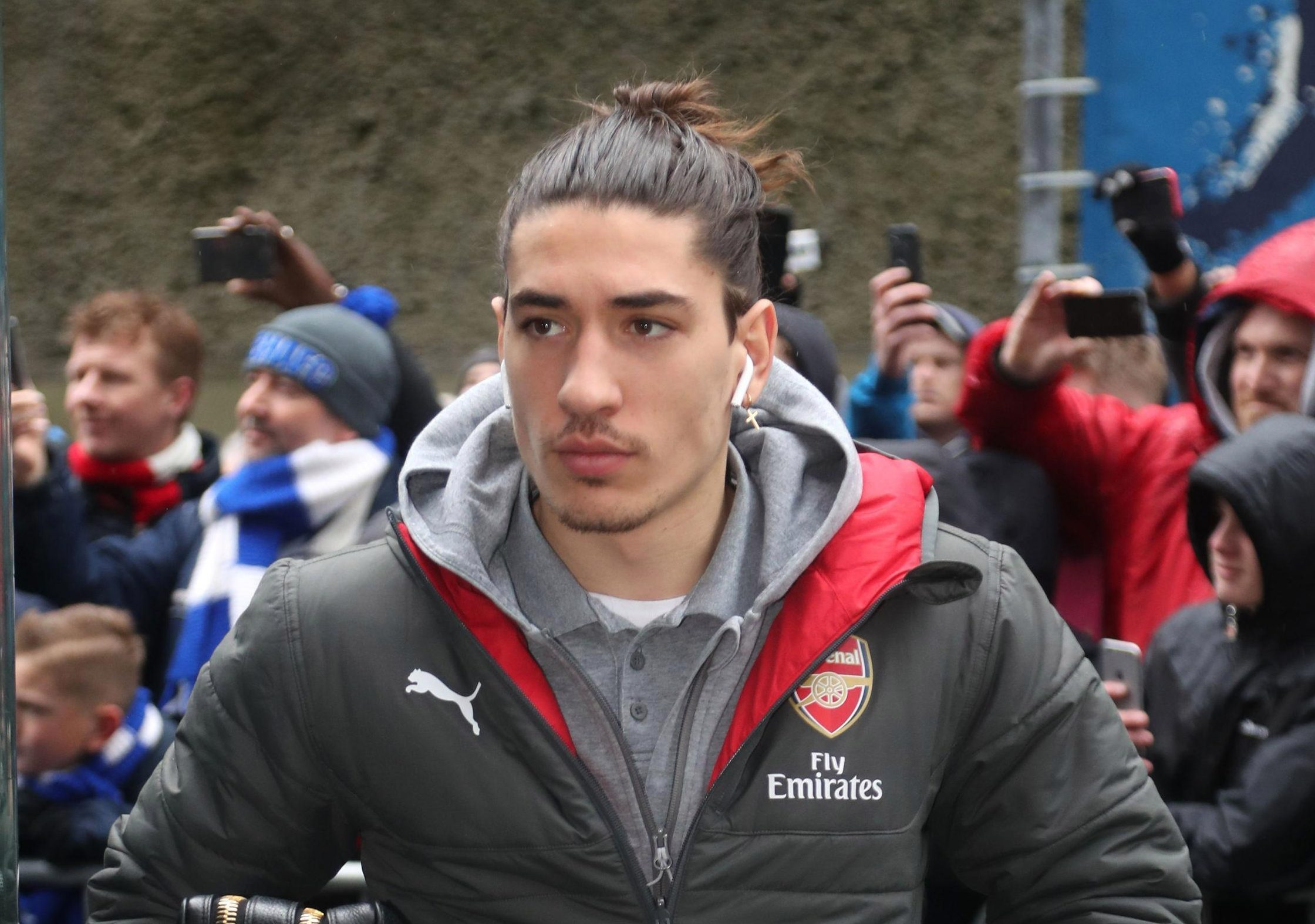 Arsenal news: Hector Bellerin furious with Arsene Wenger after being axed just TWO hours before Brighton defeat