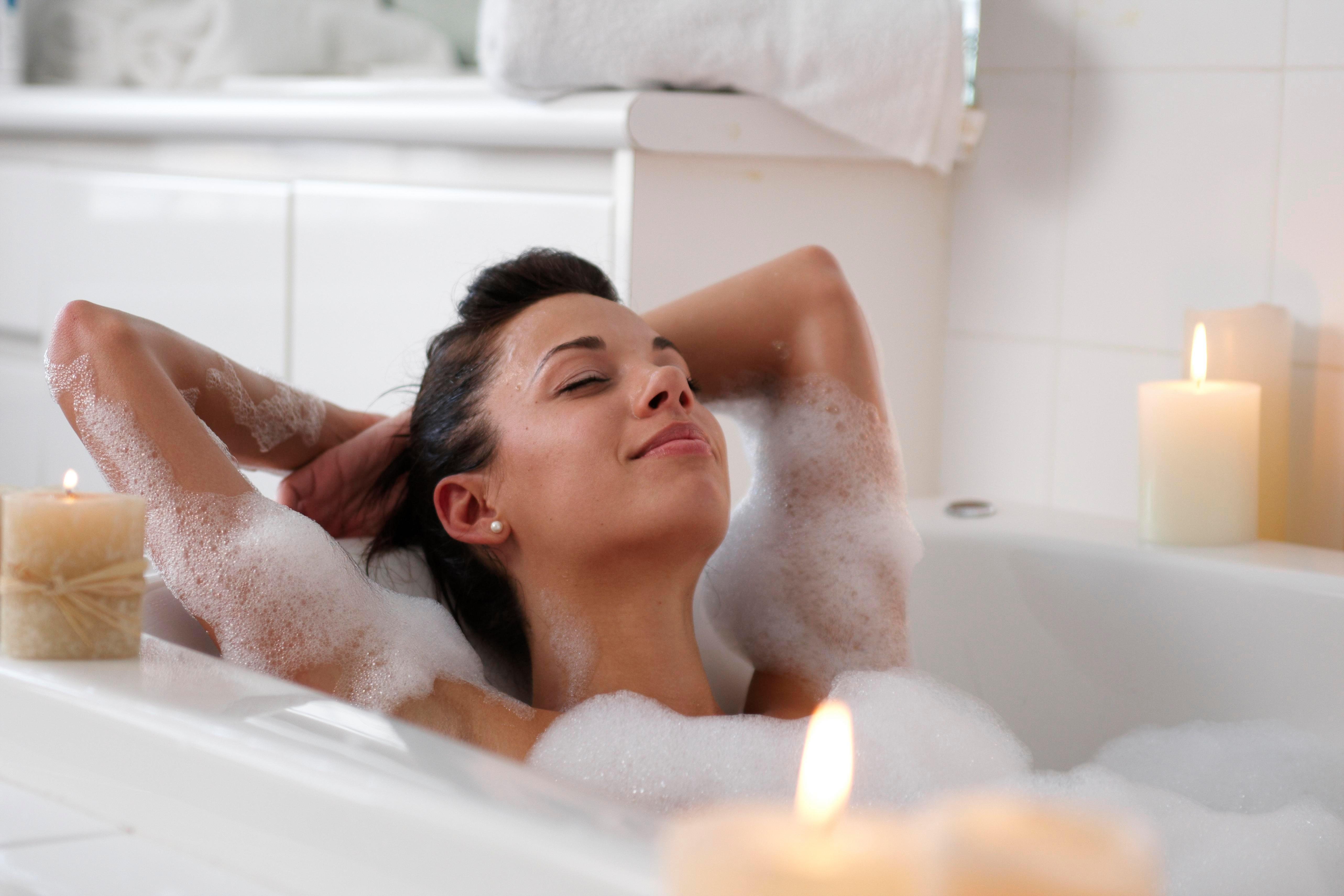 Taking a long hot bath can burn as many calories as a 30-minute walk, according to science