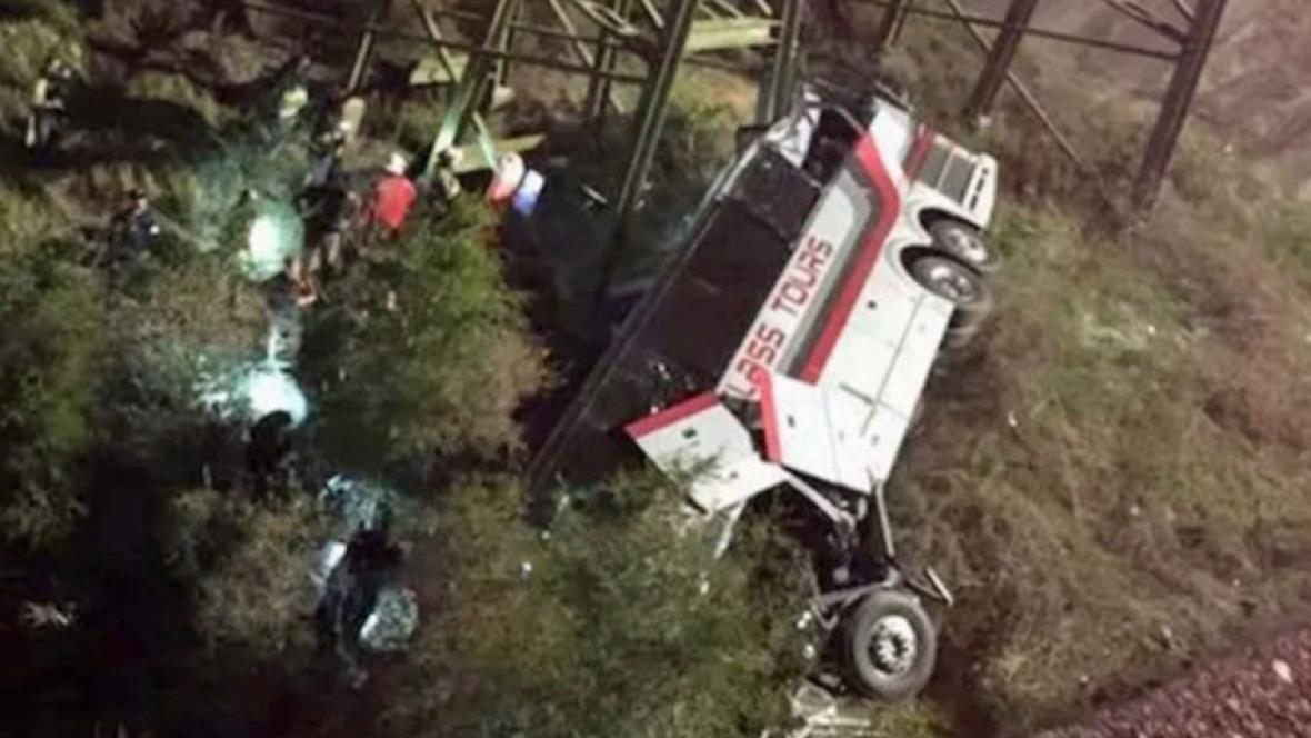 Bus carrying students on a school trip plunges down a ravine near Alabama-Florida state line with 'dozens hurt'