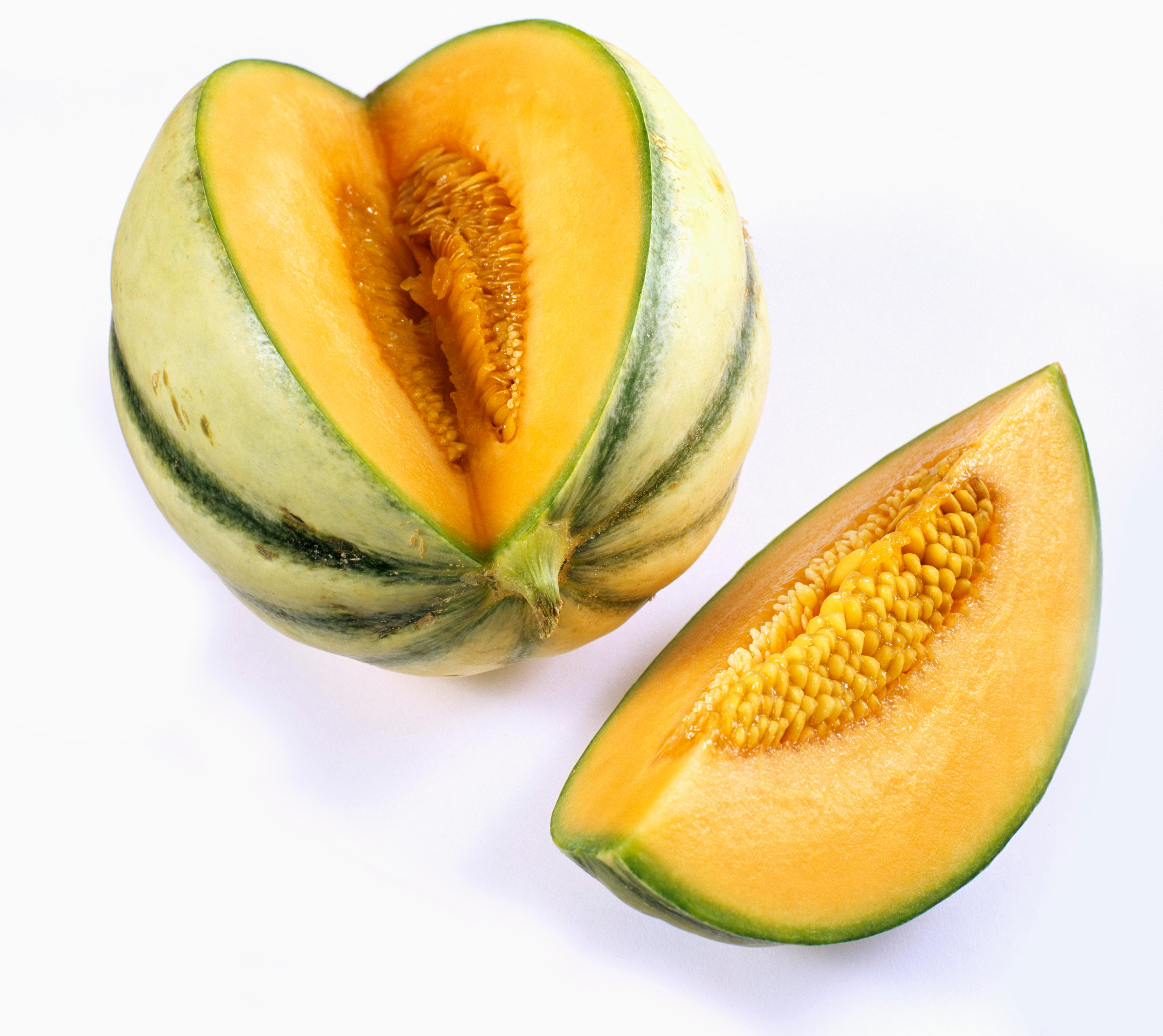Five die and one pregnant woman suffers a miscarriage after eating contaminated MELONS