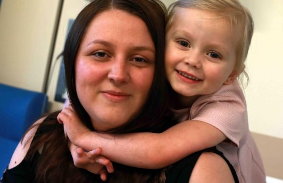 Hero schoolgirl, four, saves mum's life by dialling 999 when she had a seizure and then looked after her younger siblings