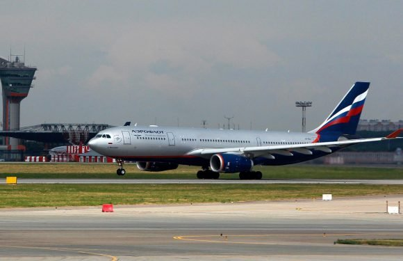 Russia threatens to search British planes after Aeroflot passenger jet stormed by Border Force officers at Heathrow