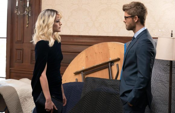 Blindspot: Has Roman really turned on the team?