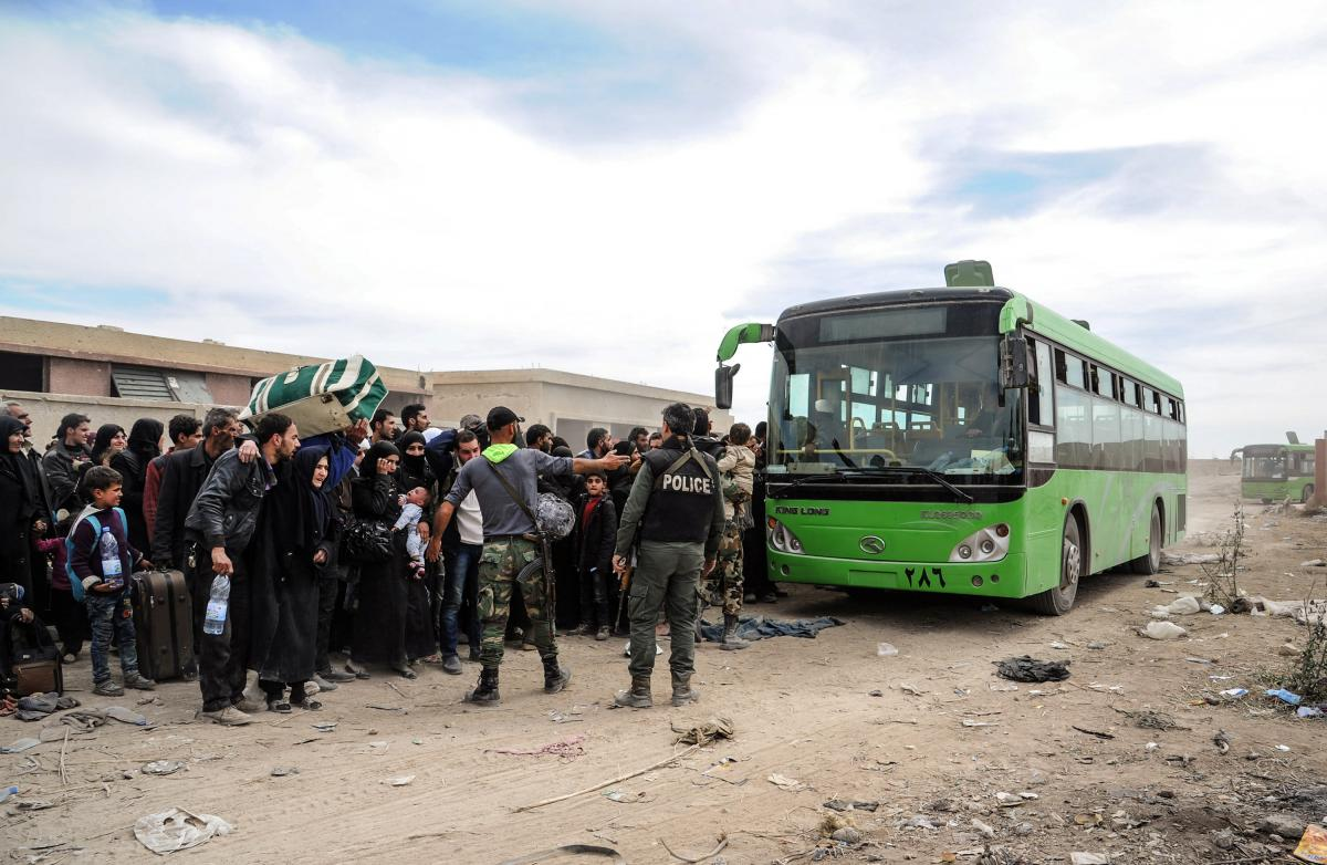 More than 6,000 people left Syria's eastern Ghouta on Monday: Interfax