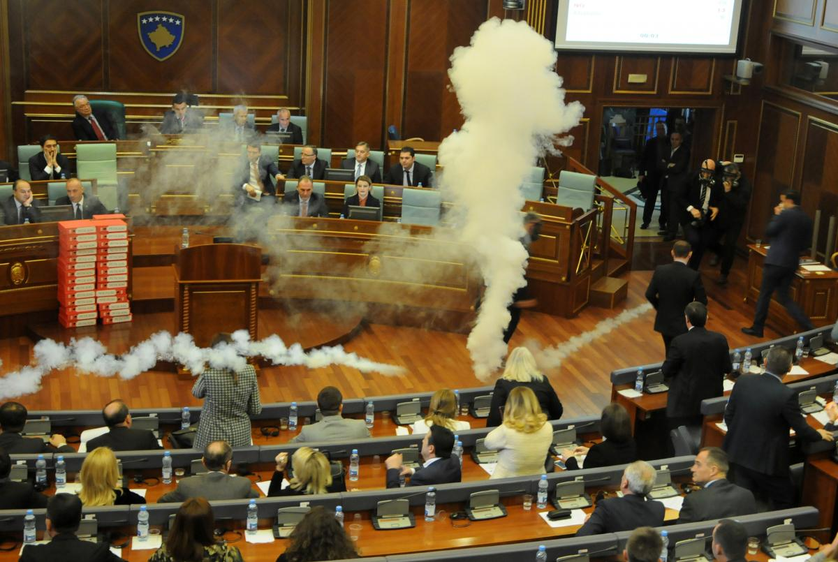 Kosovo parliament ratifies border deal with Montenegro after stormy…