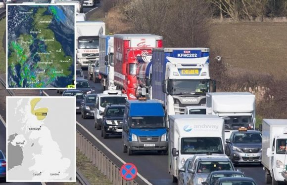 UK weather – Snow to hit TONIGHT sparking Easter holiday chaos as 26million hit the roads and rail works cripple trains