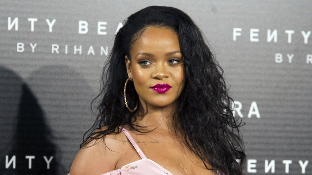 Rihanna Slams Snapchat Ad for Joking About Domestic Violence