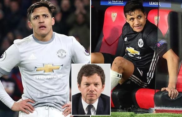 Manchester United stars ripped into Alexis Sanchez at half-time against Sevilla and he just shrugged his shoulders