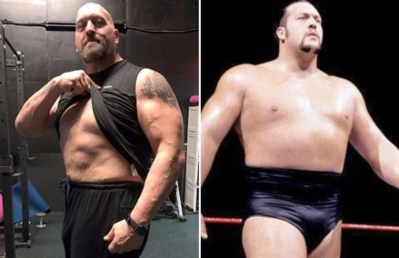 WWE legend Big Show shows off incredible weight loss after undergoing hip surgery last year
