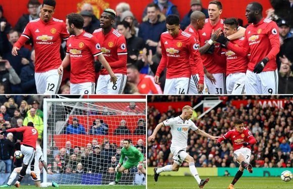 Manchester United 2 Swansea 0: Alexis Sanchez scores first in eight games after Romelu Lukaku joins Premier League 100 club