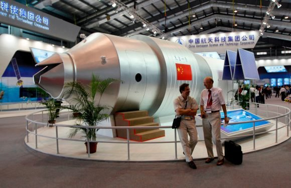 Chinese space station re-enters Earth's atmosphere
