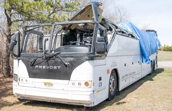 Bus driver's noncommercial GPS led him astray before crash: cops