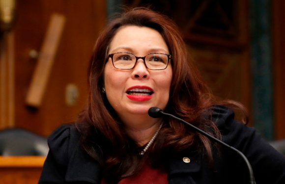 Senate to allow Duckworth to bring newborn onto floor