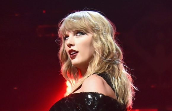 Taylor Swift returns to Nashville to perform an intimate gig and drink whiskey
