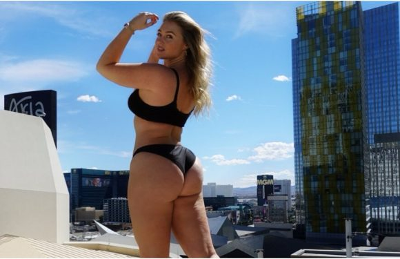 """""""Lil Back Rolls and Thick Thighs"""" Will Not Stop Iskra Lawrence From Looking Fierce in Her Bikini"""