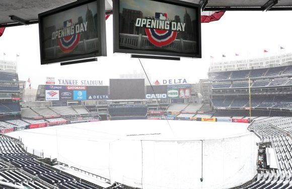 Blizzard forces Yankees to postpone Opening Day