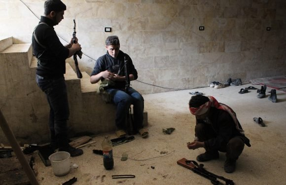 Russia, Assad give ultimatum to Syria rebels northeast of Damascus