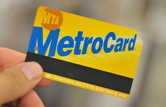 Democrats push NYC to fund half-price MetroCards for poor