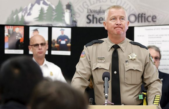 Racy pic of Sandy Hook conspiracy theory sheriff emerges online