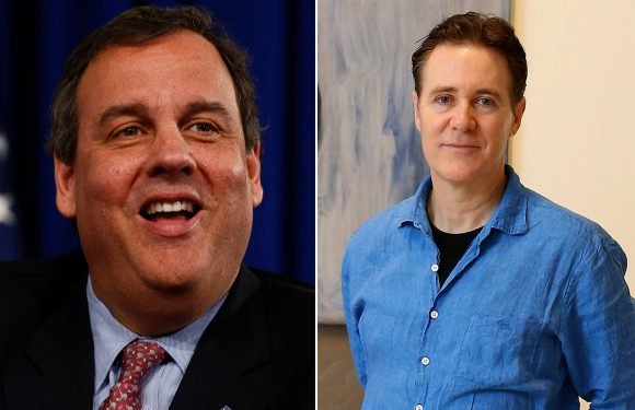 Artist gets big, fat paycheck for Chris Christie's official portrait