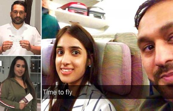 Nut allergy siblings spend flight with blankets over their heads