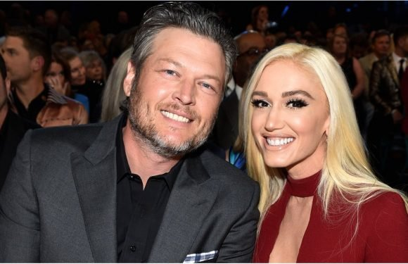 Blake and Gwen Avoid Any Awkward Run-ins With Miranda as They Flaunt Their Love at the ACMs