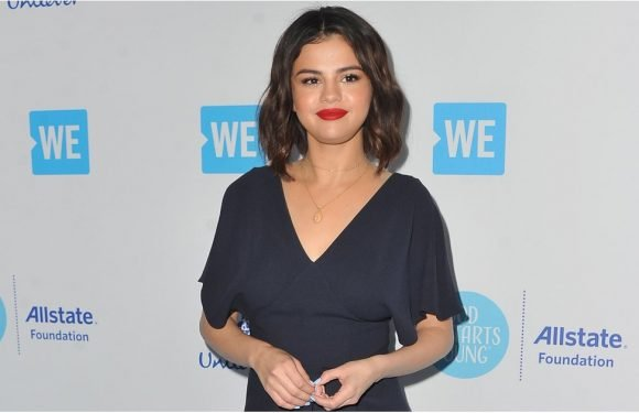 "Selena Gomez's Dress Says ""Relax,"" but We're Literally Frantic About Her Shoes"