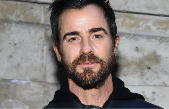 Justin Theroux Is Actually Related to a Prolific British Filmmaker