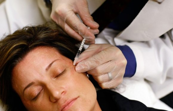 Botox Is Being Studied As A Depression Treatment & It Actually Makes So Much Sense