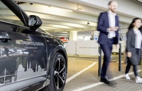 Cars could soon park themselves – and receive your post – at German airport