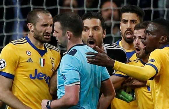 Michael Oliver will be a villain to Juve fans but his decision was 100% correct