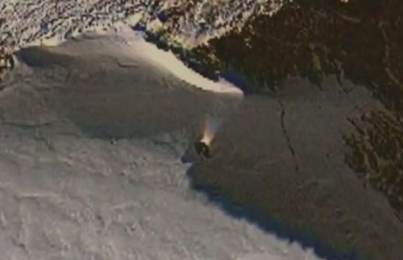 Conspiracy theorists spot mystery object in Antarctica using Google Maps