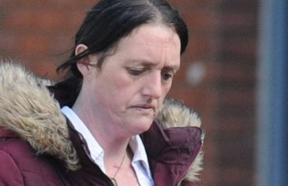 Mum jailed after finding contactless bank card on floor and buying chocolate