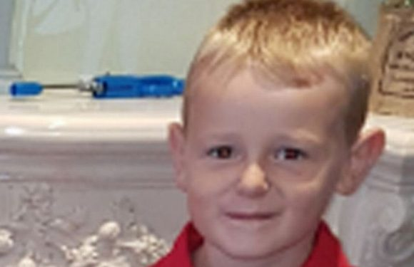 Dad describes tragic moment he knew son, 8, had died in horror car crash