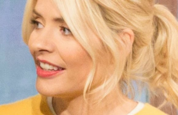 Holly Willoughby breaks silence on claims that she 'ignored' Ant's arrest – CelebsNow