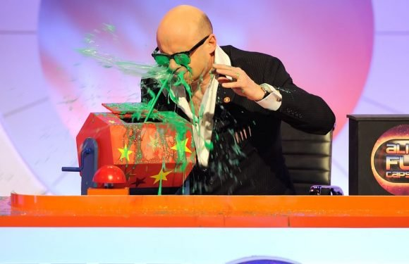 Harry Hill's Alien Fun Capsule is the most gloriously silly programme on TV