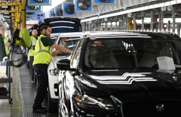 Jaguar Land Rover to lay off more than 1,000 UK workers