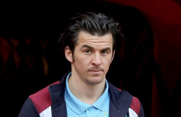 What fans are saying as Joey Barton makes shock return to football