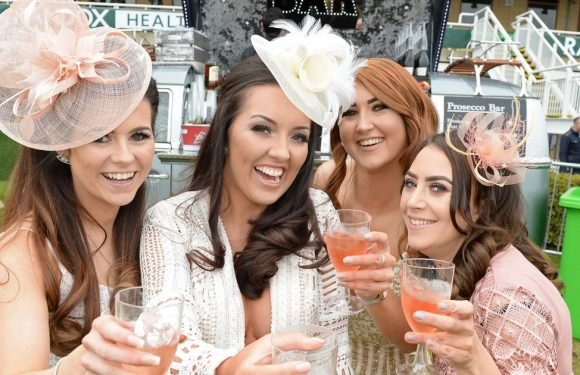 Be a style winner with our outfit ideas for Aintree Ladies Day