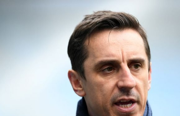 Neville names four players who should start ahead of Pogba and Sanchez